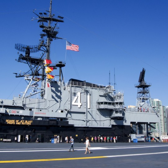 http://hotel.bold-themes.com/summer/wp-content/uploads/sites/2/2016/03/attractions-uss-midway-04-540x540.jpg